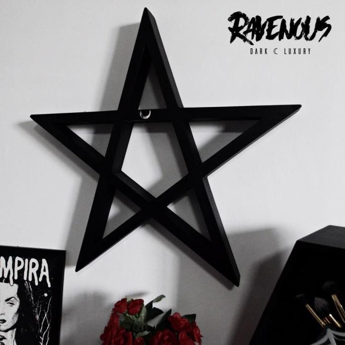 Pentagram Shelf Luna  (0)